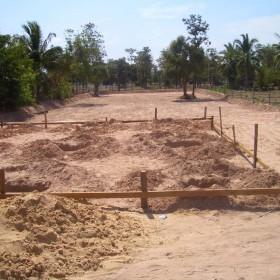 02-moses-Tsunami-Relief-Survival-help-baietti-saccaggi-surin-Thailand-Italy-