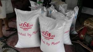 1-Moses-italy-sittwe-relief-soccorso-riso-ciclone-sho-me-ivano-school-komen.