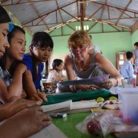 2-monastic-school-moses-italy-sagaing-myanmar-monk-help-patrizia-saccaggi-teaching