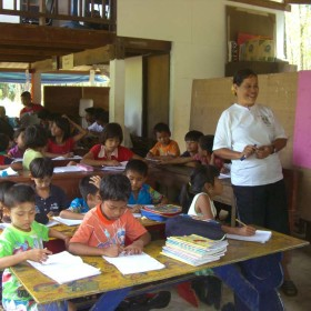 3-Moses-Italy-learning-center-children--school-help-Burmese-people