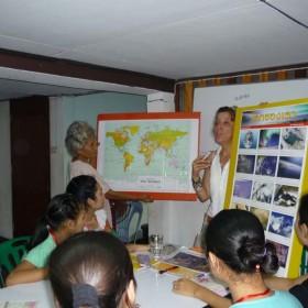 5- IAI  Insegnare-italy-mae-sariang-teaching-uncr-refugee-camp-moses-patrizia-saccaggi