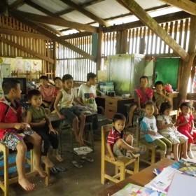 5Moses-kitti-italy-thai-karen-mountain-toelette-school-ban-pang-pung