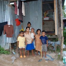-Moses-Italy-mobile-healt-care-shelter-children-burmese-patrizia- accaggi