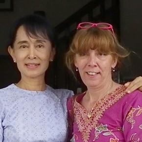 110225 - 8 - Aung San Suu Kyi Meeting  Patrizia Saccaggi 22 Moses Yangonxx